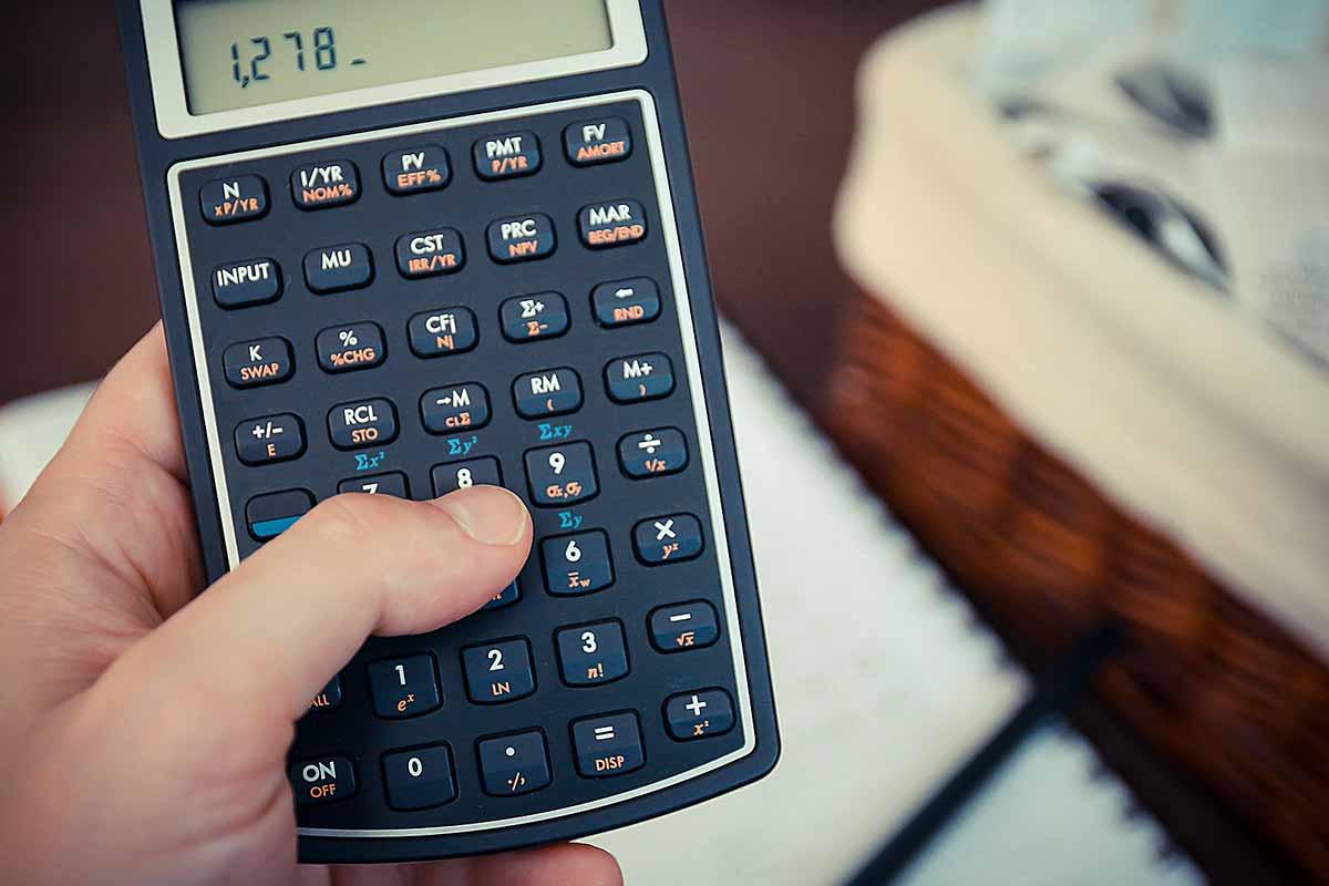 en miniräknare som man kan räkna ut sin kostnad med