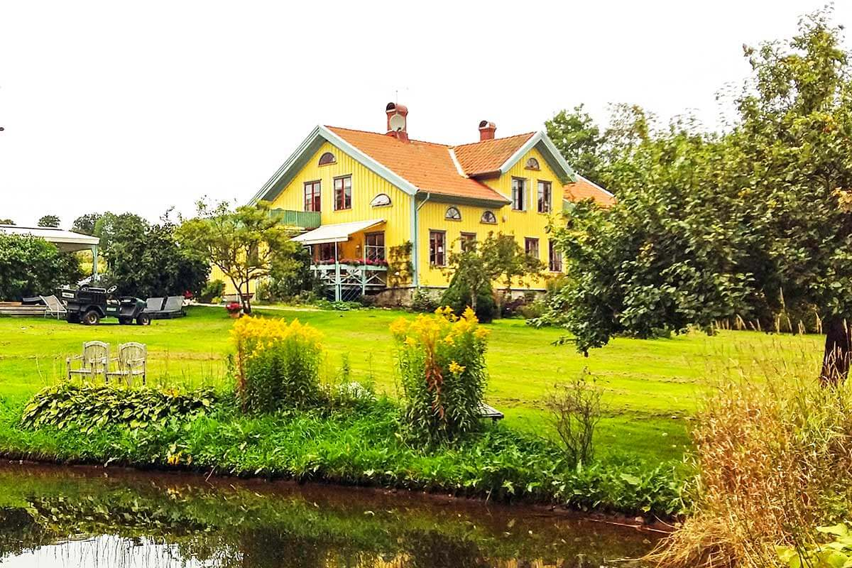 ett gult hus