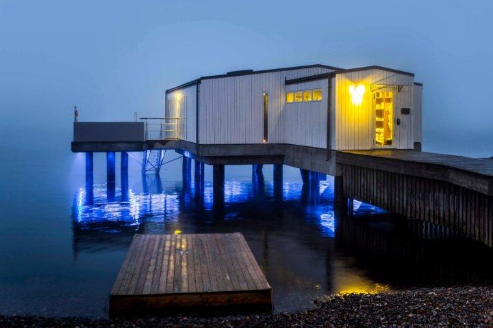 Gullmarsstrand – Noll meter från havet